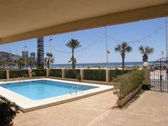 !ª Linea playa de Levante de Benidorm - ESPAÑA - QUICK Anuncio Outdoor Decor, Home Decor, Apartments, Floors, Chalets, Beach, Decoration Home, Room Decor, Interior Decorating