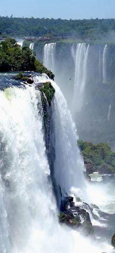 Foz do Iguassu,Brazil  Argentina Paisagens  Para obtener información, acceda a nuestro sitio  http://storelatina.com/argentina/travelling  #ArgentinaPaisagens #viajeargentina #viajando #viaje