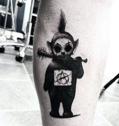 Search inspiration for a Blackwork tattoo. Diy Tattoo, Stick Tattoo, Poke Tattoo, Real Tattoo, Tattoo Kits, Dark Art Tattoo, Tattoo Studio, Blackwork, Skull Tattoos