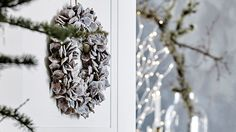 Lederleitner Home Store - Tuchlauben Concept Store Christmas Cookies, Christmas Wreaths, Ladder Decor, Concept, Store, Holiday Decor, Gifts, Home Decor, Xmas Cookies