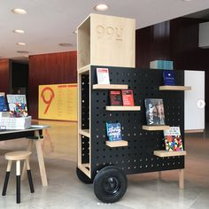 Curated by Trip Up — Just shelving and possible use of a peg board to make for easy product display transitions Kiosk Design, Display Design, Booth Design, Retail Design, Nomadic Furniture, Trendy Furniture, Furniture Design, Furniture Ideas, Interactive Walls