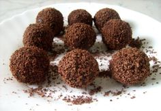 Candy Recipes, Dog Food Recipes, Dessert Recipes, Cooking Recipes, Rum Balls, Chocolate, Winter Food, Cake Cookies, Fudge
