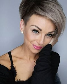 40 Best Pixie Hairstyles For Girls 2019 Hairstyles Pictures Haircut Styles For Women, Short Haircut Styles, Short Pixie Haircuts, Girl Haircuts, Pixie Hairstyles, Short Hair Cuts, Long Hair Styles, Pixie Cuts, Hair Pictures