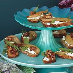 Pear-and-Goat Cheese Crostini.