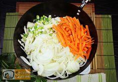 Kínai zöldséges tészta recept, kínai zöldséges tészta elkészítése 2. lépés Chinese Food, Tofu, My Recipes, Side Dishes, Cabbage, Paleo, Health Fitness, Food And Drink, Healthy Eating