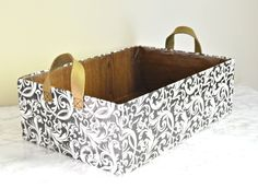 DIY Baskets From Shipping Boxes