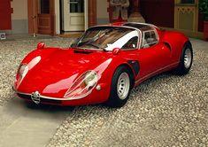 Alfa Romeo 33 Stradale conquista la Coppa d'Oro al Concorso di Eleganza