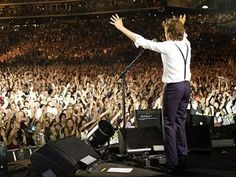 One day, I'll go to a Paul McCartney concert. I would probably scream like an idiot, as if I grew up in the 60's, with the Beatles. (I should have.) <3