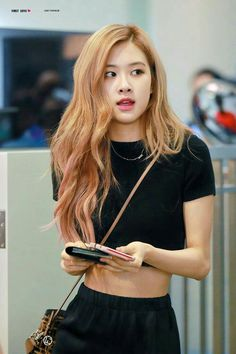 Book with some pictures of the BLACKPINK girls ♡ I hope you like it . - Book with some pictures of BLACKPINK girls ♡ I hope you like it … Fanfic # amreading # - Kim Jennie, Jenny Kim, Blackpink Members, Rose Park, 1 Rose, Blackpink Photos, Blackpink Fashion, Blackpink Jisoo, Models