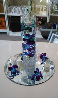 Beautiful Wedding Reception Decoration Ideas - Put the Ring on It Blue Wedding Centerpieces, Floating Candle Centerpieces, Floral Centerpieces, Wedding Bouquets, Wedding Decorations, Graduation Centerpiece, Quinceanera Centerpieces, Centerpiece Ideas, Decor Wedding