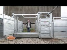 Jimmy shows you all the Ritchie Cattle Crush!