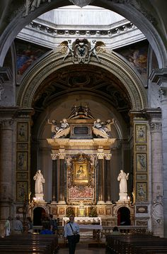 Santa Maria del Popolo- Built over emperors' tombs, it is one of Rome's richest displays of Renaissance and Baroque art including masterpieces by Pinturicchio, Raphael, Caravaggio and Bernini.