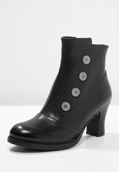 175 Best Boots & Shoes images | Shoes, Shoe boots, Boots