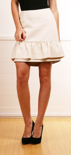 ----LOVE THIS SKIRT -COLOR AND LENGTH, PERFECT NEUTRAL SATIN PEPULM, PAIRED WELL WITH BLACK PUMPS