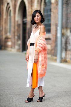 Nicole Warne at Australia Fashion Week Spring 2014 - edrych yn fforddus