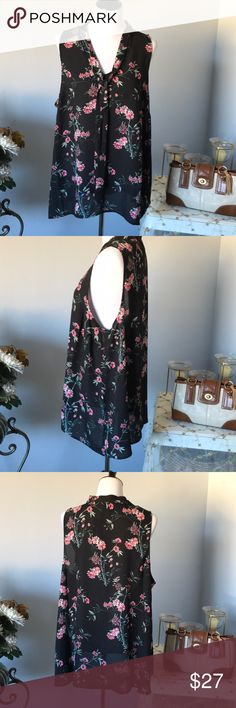 TORRID SHORT SLEEVE BLOUSE Floral with black background. Very pretty ties around neck. torrid Tops Blouses