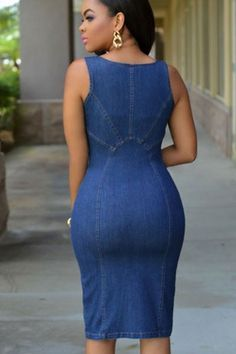 Update your occasion wardrobe with this flattering body-con dress. The denim construction forms to your curves and the zipper front design gives it a modern, on-trend look. Dark denim wash dress made