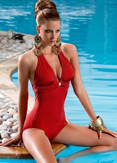 Swimsuit Curves: A picture blog of one piece swimsuits