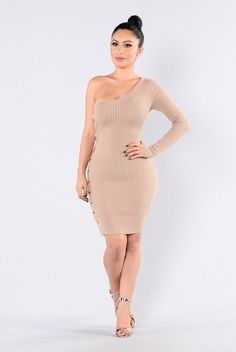 - Available in Mocha and Red - One Shoulder Dress - Button Detail on Side - Ribbed - 70% Rayon, 30% Nylon