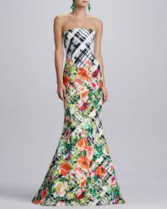$6,490, White Print Evening Dress: Oscar de la Renta Floral Plaid Gown Blackwhitemulti. Sold by Neiman Marcus. Click for more info: https://lookastic.com/women/shop_items/20907/redirect