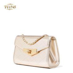 Chiếc túi xách hàng hiệu Charles & keith thiết kế sang trọng, đẳng cấp TA1745