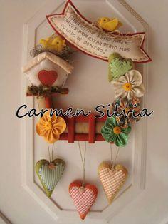 Guirlanda Paper Flower Decor, Flower Crafts, Diy Flowers, Flower Decorations, Flower Diy, Felt Crafts, Diy And Crafts, Felt Banner, Vintage Scrapbook