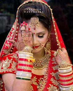 Bridal photography the bride the dress ideas Indian Bridal Photos, Indian Wedding Poses, Bride Indian, Indian Wedding Couple Photography, Bride Photography, Wedding Girl, Wedding Dress, Bride Poses, Biya