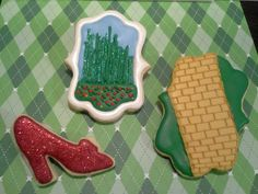 gallery of new home themed cookies | Wizard of Oz themed cookies by One Kookie Cookie | Catch My Party