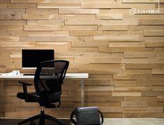 Rustique. Texturé. Quand les temps étaient rudes. La collection de murs décoratifs Harvest s'inscrit dans la lignée des styles vieux bois de granges. Sa trame architecturale se distingue par une texture rustique créée à l'aide d'un sablage aléatoire ne dévoilant aucun motif répétitif. Fibre brute, marques de scie et nœuds sont apparents. Les planches de grande dimension et sans variation de largeur laissent toute la place aux détails travaillés dans le bois et aux nuances de couleurs. Organized Kitchen, Types Of Flooring, Abandoned Houses, Room Decor Bedroom, Foyer, Cottages, Floors, Tile Floor, Tiles