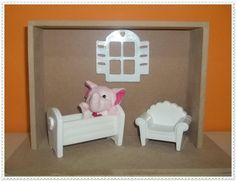 Cenario Maternidade, quadro em mdf e miniaturas em resina branca.    Obs:pelucia não acompanha o produto.l R$ 24,15