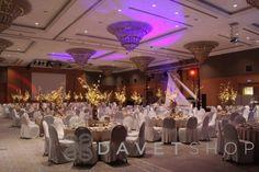 Anadolu yakasının parlayan yıldızı Divan İstanbul Asia, düğünleriniz, tüm davet ve toplantı organizasyonlarınız için son teknolojiye sahip salonları ile, özel günlerinizi benzersiz bir ortamda gerçekleştirme olanağı sağlıyor.