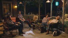 Netflix released the first trailer for The Ranch starring Ashton Kutcher, Danny Masterson, Debra Winger, and Sam Elliott. The Ranch debuts April Sam Elliott The Ranch, The Ranch Tv Show, The Ranch Netflix, Tv Series 2016, Netflix Releases, Laugh Track, Ranch Decor, Ashton Kutcher, Tv Show Quotes