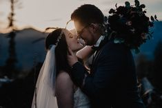 miss freckles photography · Hochzeitsfotografin in Salzburg Freckle Photography, Salzburg, Freckles, Mountain, Couple Photos, Couples, Pictures, Wedding, Beautiful