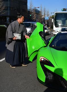 Ishiura = Binomori Kokugikan (photography · Shinji Tomisato) who entered the place at McLaren on the third day of the sumo wrestling January place