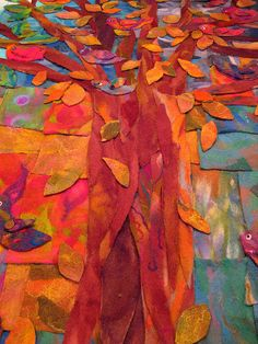 tree with falling leaves - tapiz de fieltro