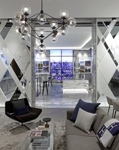 At the residences 488 University Avenue the art of living has been raised to new heights. Inside this stunning entrance II BY IV DESIGN set the stage. Masculine Interior, Modern Interior Design, Interior And Exterior, Contemporary Interior, Wall Design, House Design, Design Set, Modern Luxury, Living Room Designs