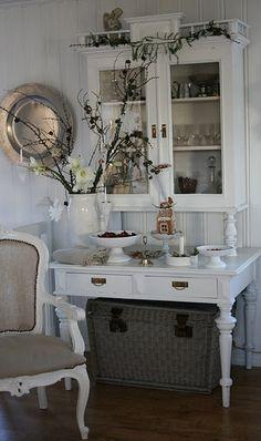 Pretty white home decor
