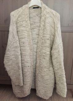 Kup mój przedmiot na #vintedpl http://www.vinted.pl/damska-odziez/kardigany/13390677-gruby-sweterkardigan-zara