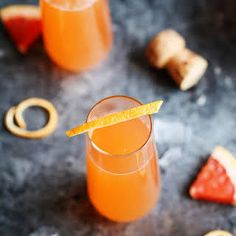 Grapefruit Aperol Sparkling Cocktail #recipe