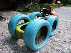Habitus, vrtovi in krajine Kids Outdoor Playground, Kids Backyard Playground, Natural Playground, Backyard For Kids, Diy For Kids, Tire Craft, Kids Yard, Outdoor Play Areas, Tyres Recycle