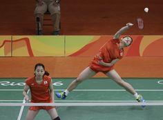バドミントン女子ダブルスの髙橋礼華選手、松友美佐紀選手ペアは準々決勝でマレーシアのペアを下し、準決勝進出を決めました!⇒bit.ly/2aUkFPQ #がんばれニッポン #Rio2016 #バドミントン
