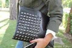 #DIY #Bolso #Tutorial DIY Clutch Bolso tutorial     http://ohmothermine.blogspot.com.es/2012/09/diy-bolso-o-clutch-cuero-y-tachuelas.html