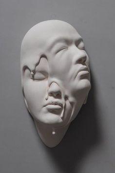 Johnson Tsang reinterprets reality with his surreal sculptural faces. Johnson Tsang reinterprets reality with his surreal sculptural faces. The post Johnson Tsang reinterprets reality with his surreal sculptural faces. Melting Face, Johnson Tsang, Geometric Face, Abstract Face Art, Art Visage, Scary Faces, Arte Horror, Contemporary Sculpture, Sculpture Clay