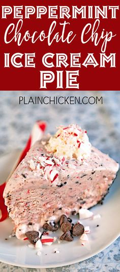 Peppermint Chocolate Chip Ice Cream Pie {No Machine Required} - tastes like the milkshake from Chick-fil-a! SO easy! whipped cream, chocolate chips and candy canes. Everyone LOVES this treat! Easy Chocolate Pie, Chocolate Chip Ice Cream, Chocolate Milkshake, Delicious Chocolate, Chocolate Chip Cookies, Delicious Desserts, Dessert Recipes, Yummy Snacks, Ice Cream Pies