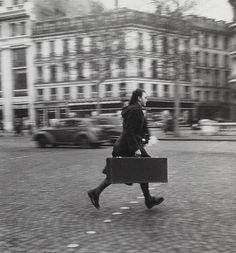 Paris 1946. Photo by Robert Doisneau.