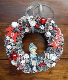 Christmas Wreaths, Christmas Decorations, Holiday Decor, Burlap Wreath, Home Decor, Decoration Home, Room Decor, Burlap Garland, Home Interior Design