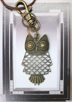 Vintage Brass Bronze Owl Pendant Keychain. by AccessoriesG on Etsy, $2.30