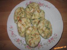 Karlovarský knedlík Zucchini, Eggs, Vegetables, Breakfast, Food, Morning Coffee, Vegetable Recipes, Eten, Egg