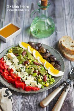 CIOCOLATA DE CASA - Edith's Kitchen Edith's Kitchen, Kiwi, Hummus, Cobb Salad, Bacon, Cheesecake, Wellness, Vegan, Salads