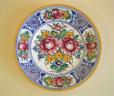 Talíř - červený dekor Decorative Plates, Folk, Tableware, European Countries, Czech Republic, Dishes, Ideas, Porcelain, Dinnerware